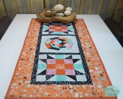 Arachinida tafelloper quilt kit