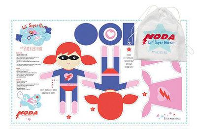 lil' super heroes girl paneel